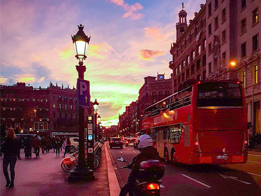 Teach English in Spain - TEFL Courses in Barcelona with Practicum